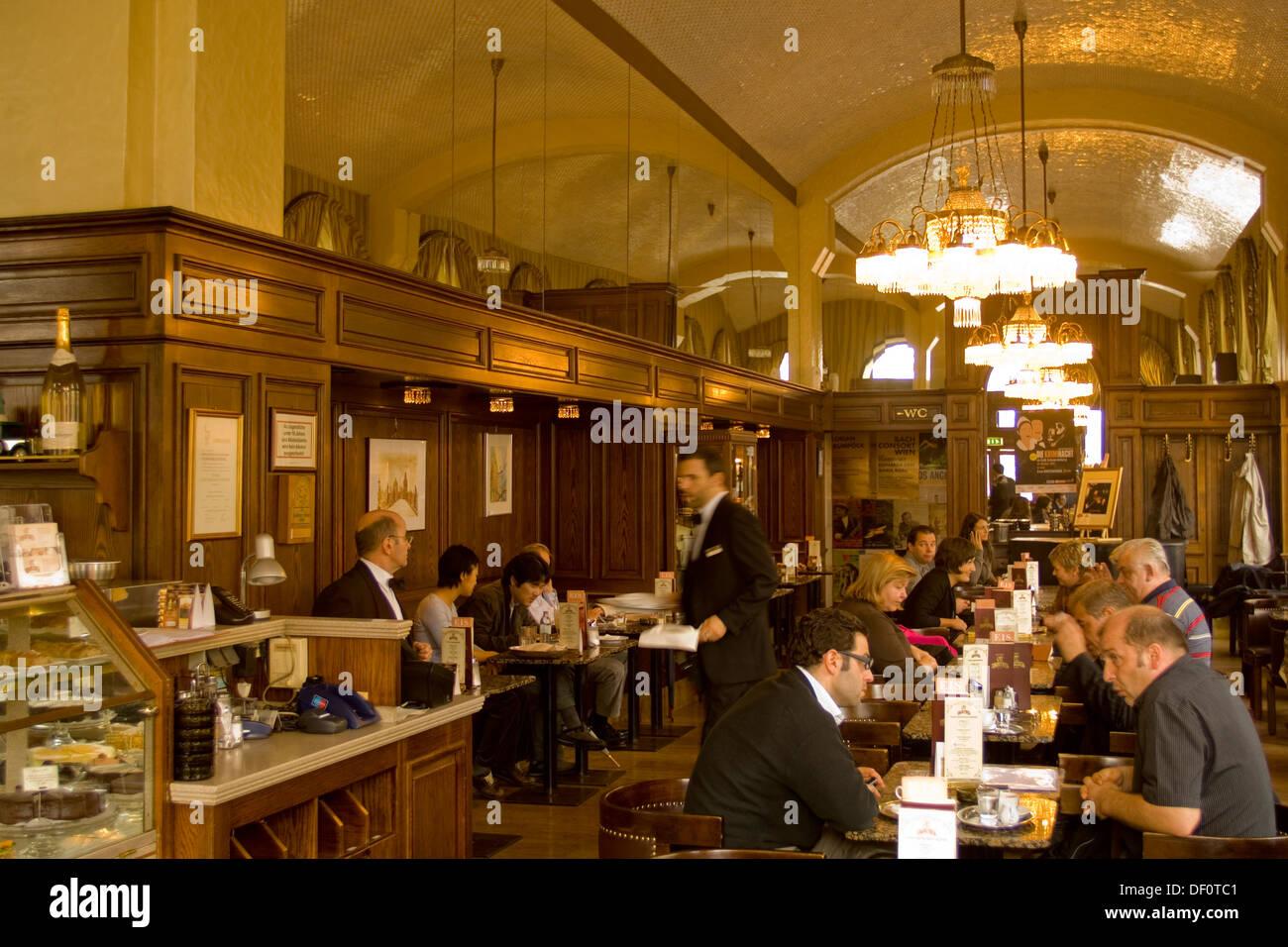sterreich wien 1 k rntner ring 17 cafe schwarzenberg stock photo royalty free image. Black Bedroom Furniture Sets. Home Design Ideas