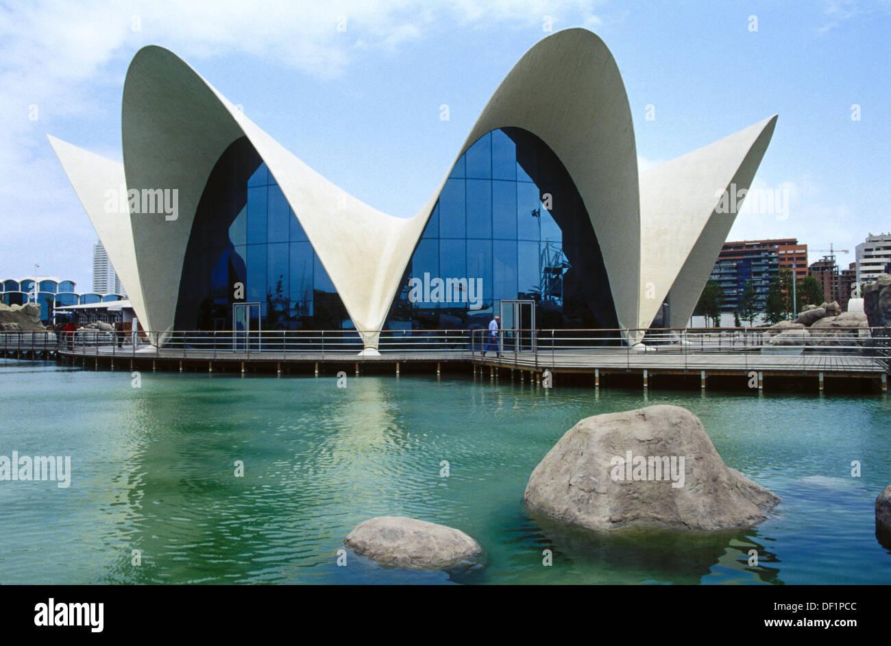 Oceanogr fic architect felix candela city of arts and for Muebles candela valencia
