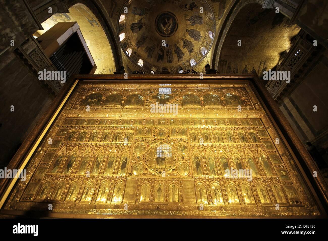 Golden altarpiece pala d oro basilica of san marcos piazza for Pala de oro