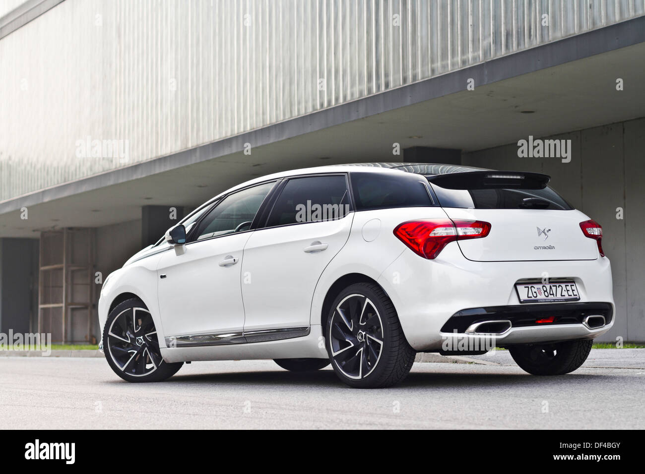 citroen ds5 sport chic hybrid4 airdream stock photo. Black Bedroom Furniture Sets. Home Design Ideas