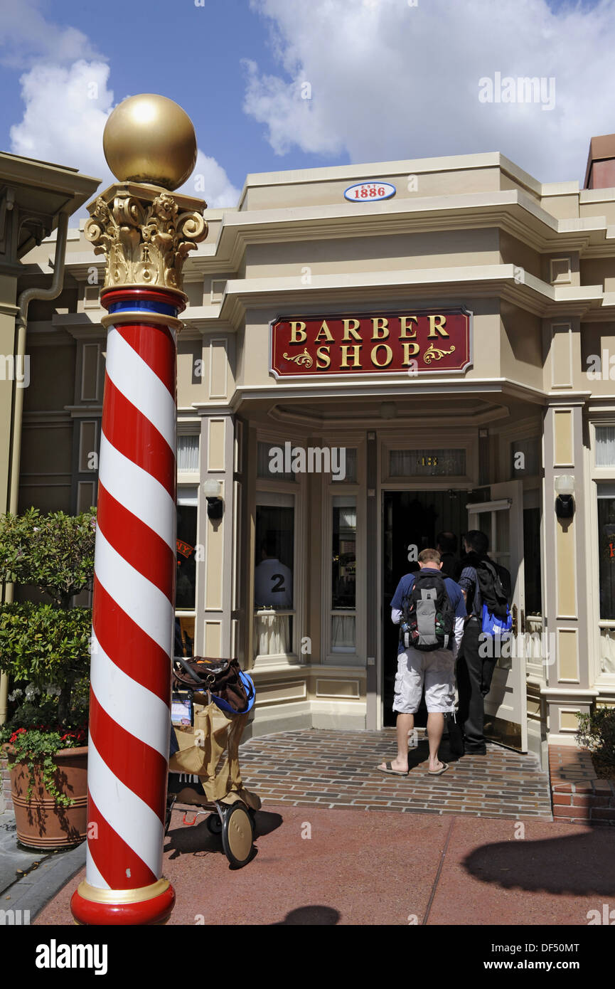 Barber Shop Orlando : Barber Shop And Barber Pole At Walt Disney Magic Kingdom Theme Park ...