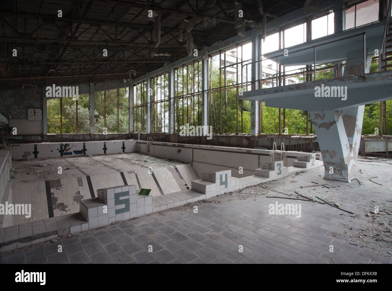 The abandoned swimming pool in the ghost town of pripyat for Disused swimming pools