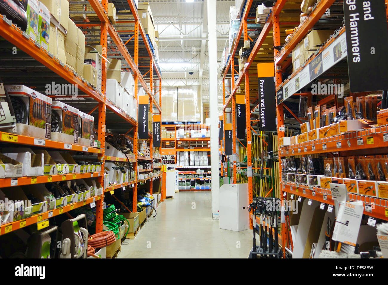 Home Depot Store In Toronto Canada Stock Photo 61033165