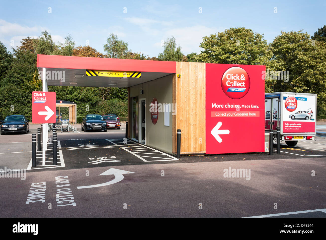 tesco click and collect point in supermarket car park reading stock photo royalty free image. Black Bedroom Furniture Sets. Home Design Ideas