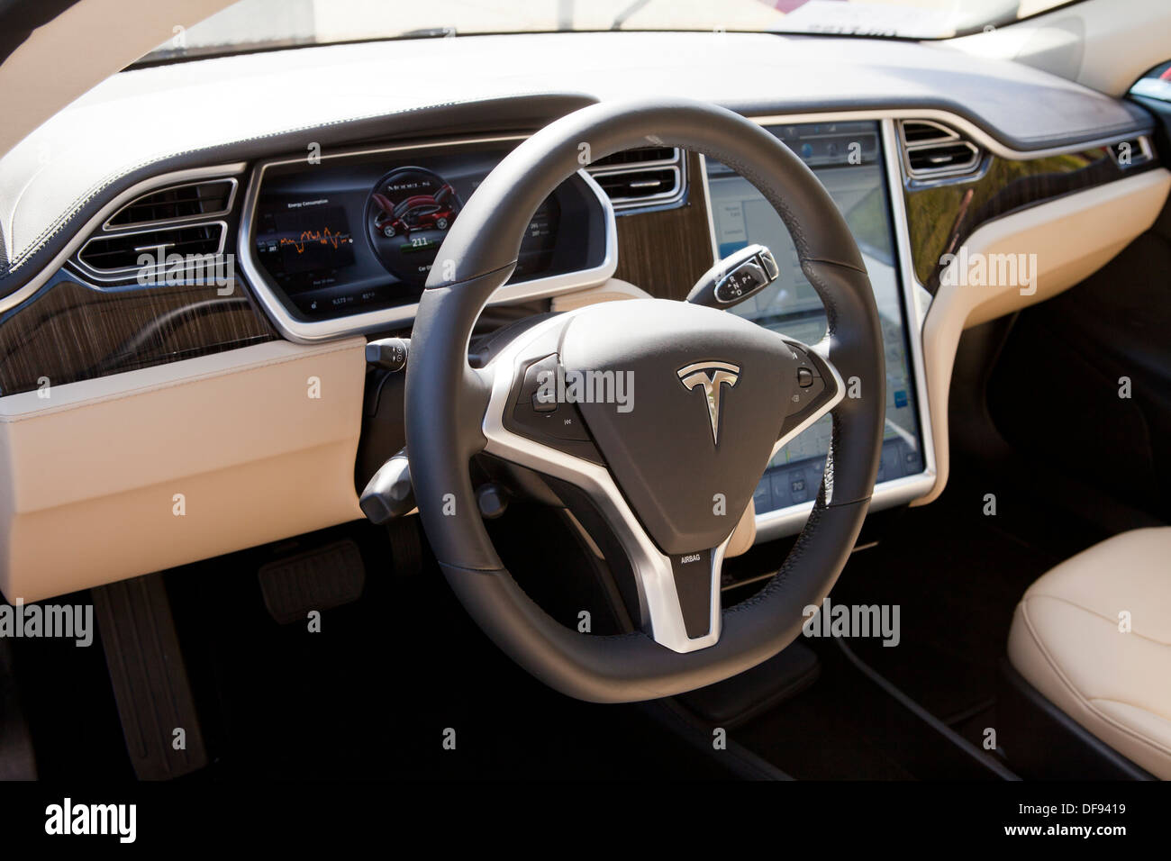 tesla model s electric car interior stock photo 61051685 alamy. Black Bedroom Furniture Sets. Home Design Ideas