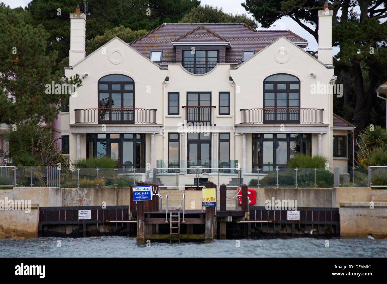 Luxurious Waterfront Property For Sale At Sandbanks Poole