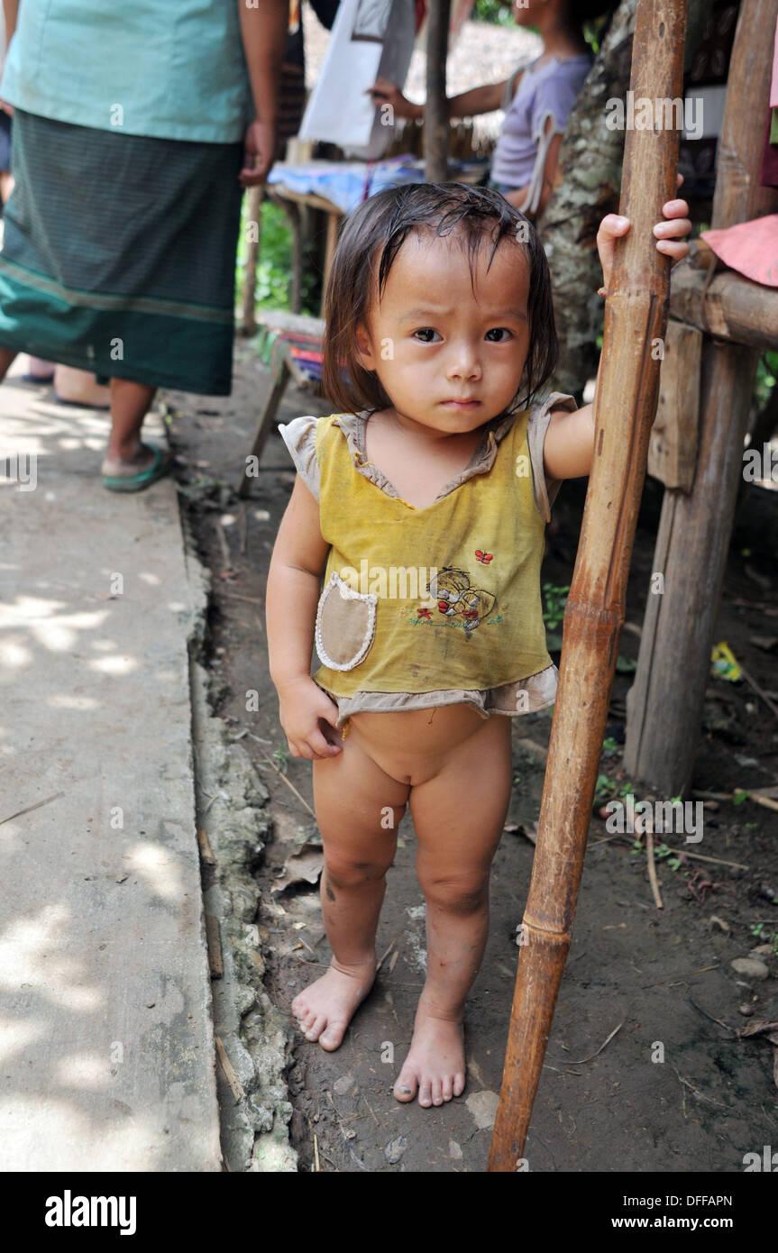 Lao Women Nu 111