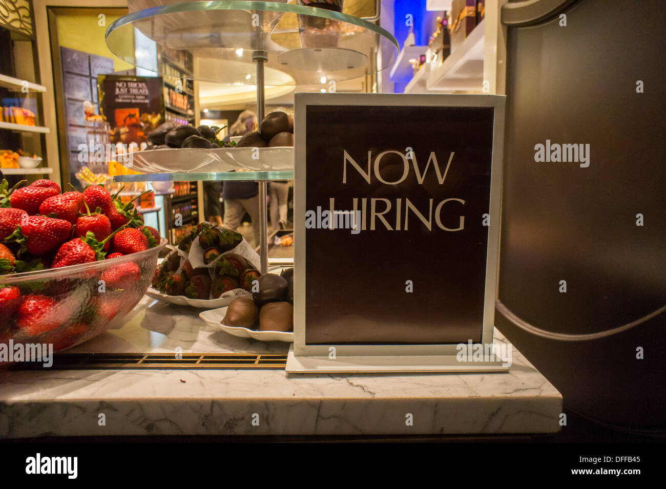 A Godiva chocolate store on Fifth Avenue in New York Stock Photo ...