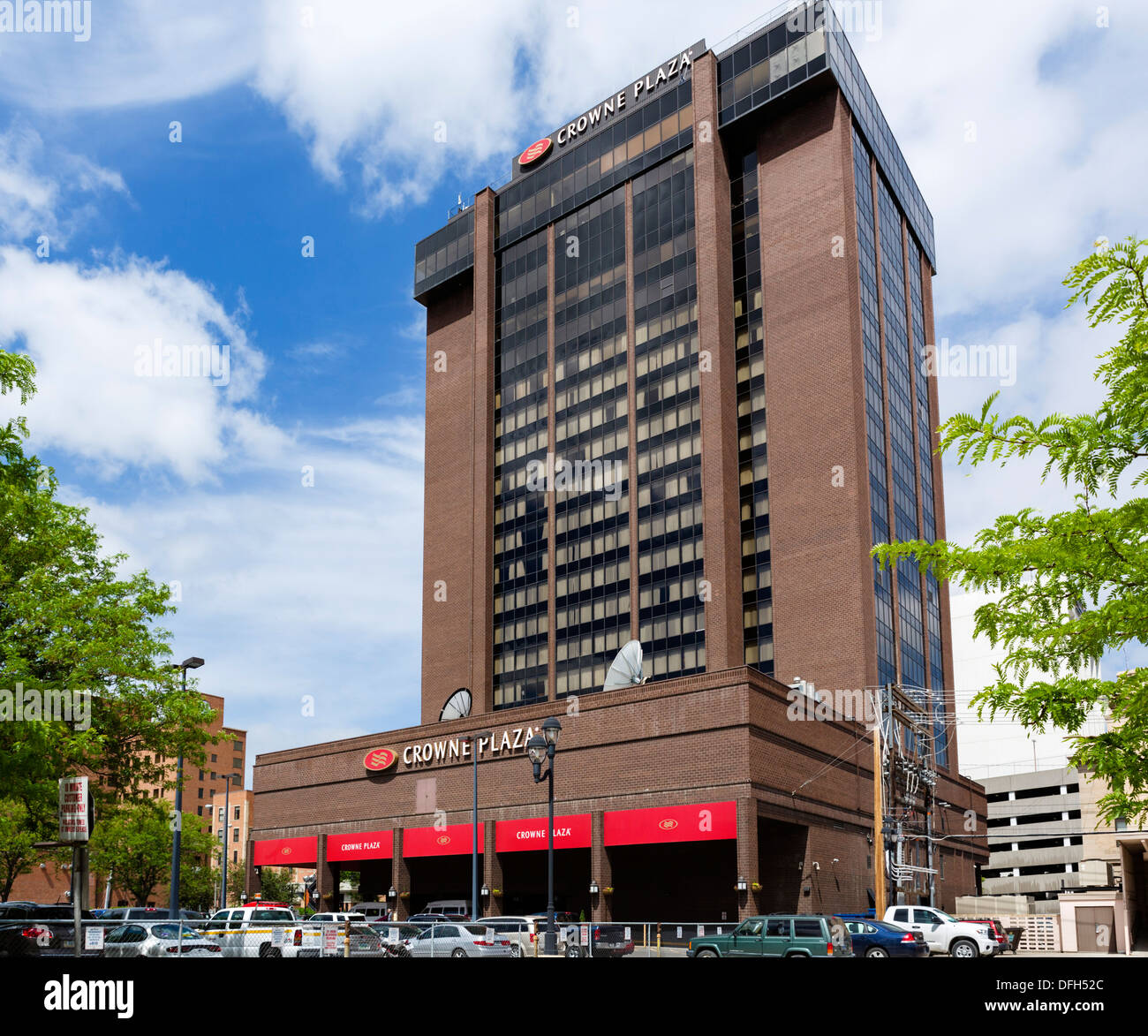 the crowne plaza hotel on montana avenue in downtown. Black Bedroom Furniture Sets. Home Design Ideas