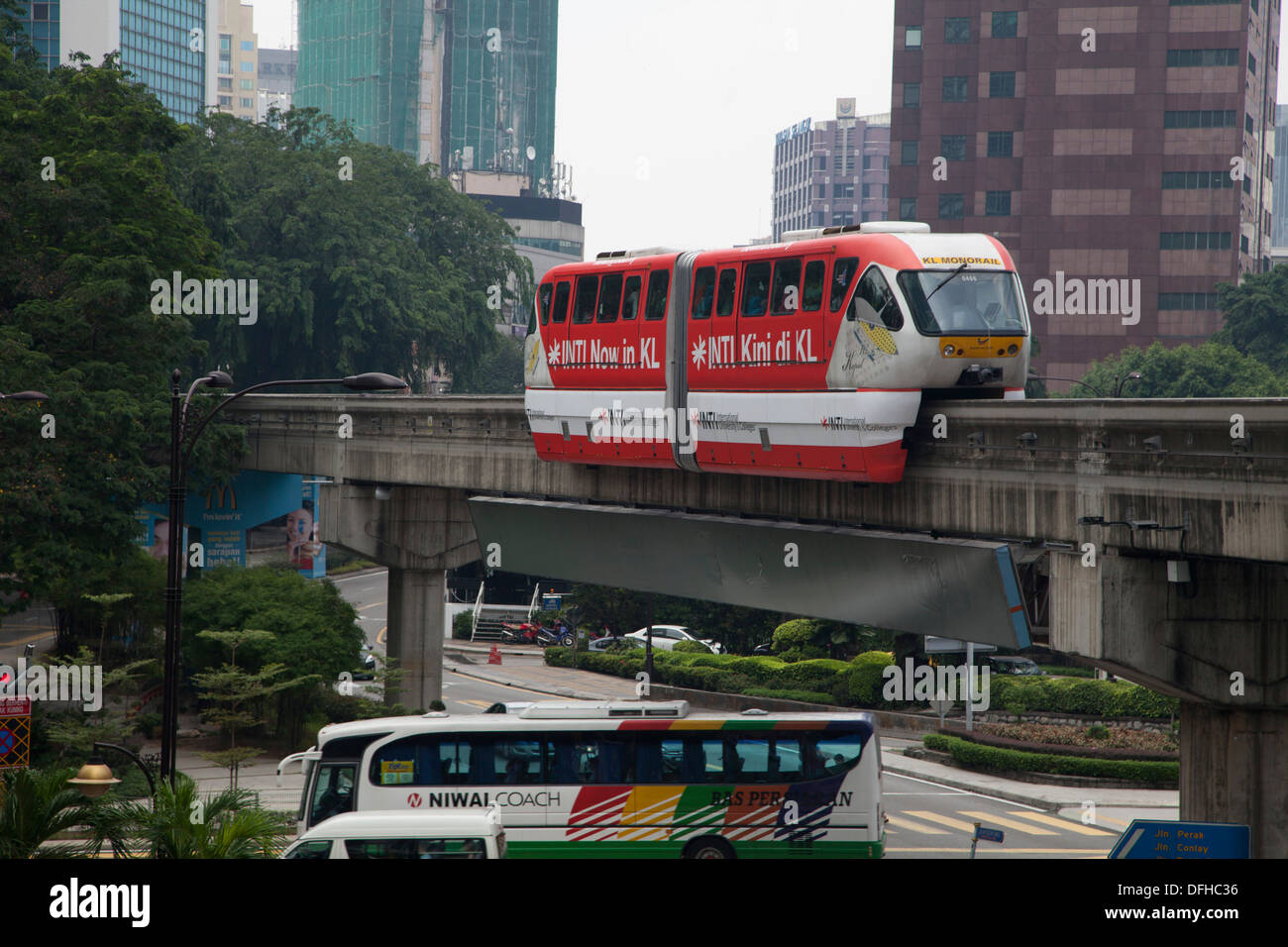 transportation in kuala lumpur Getting around within kuala lumpur is easy with numerous methods of transport available travel by taxi, bus or light rail transit tips of walking through kuala lumpur on foot.