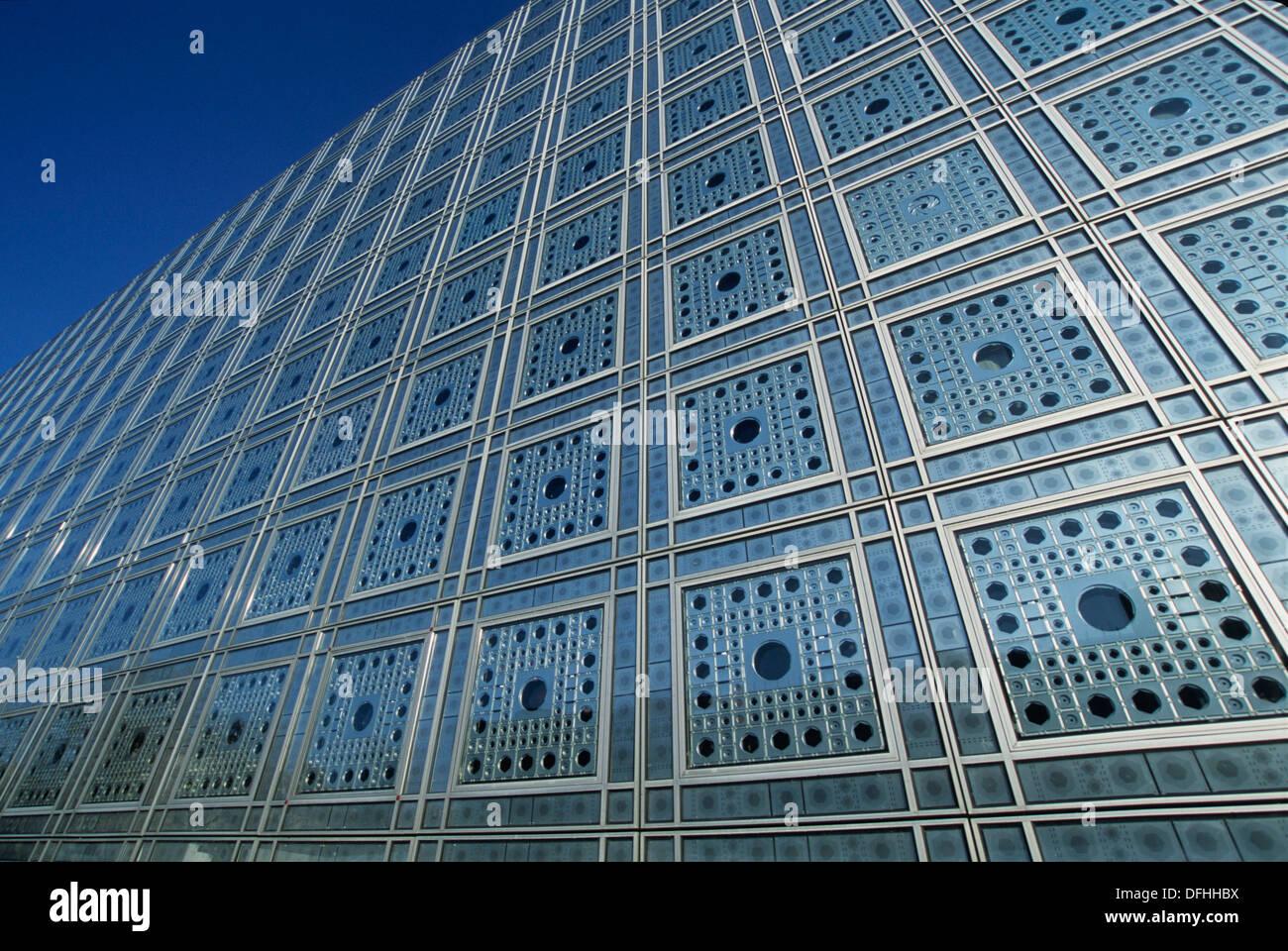 Ima institut du monde arabe architect jean nouvel for Architecture jean nouvel
