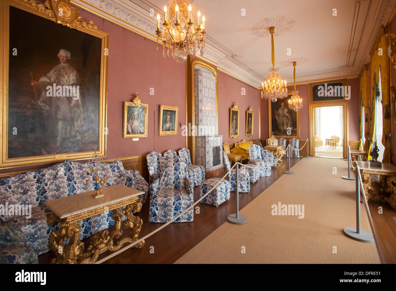 Znalezione obrazy dla zapytania gripsholm castle inside