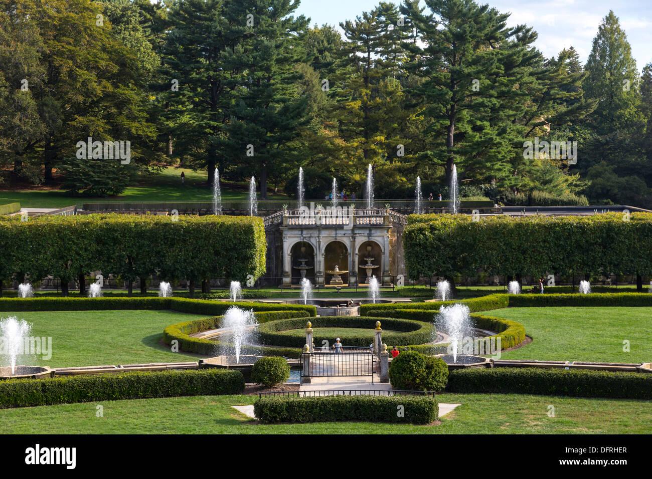 Main Fountain Garden, Longwood Gardens, Kennett Square, Pennsylvania, USA