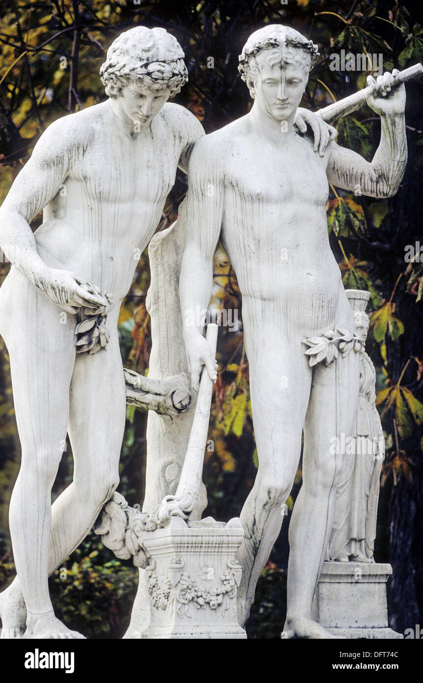 castor and pollux by coysevox 1712 statue of the gardens the stock photo royalty free image. Black Bedroom Furniture Sets. Home Design Ideas