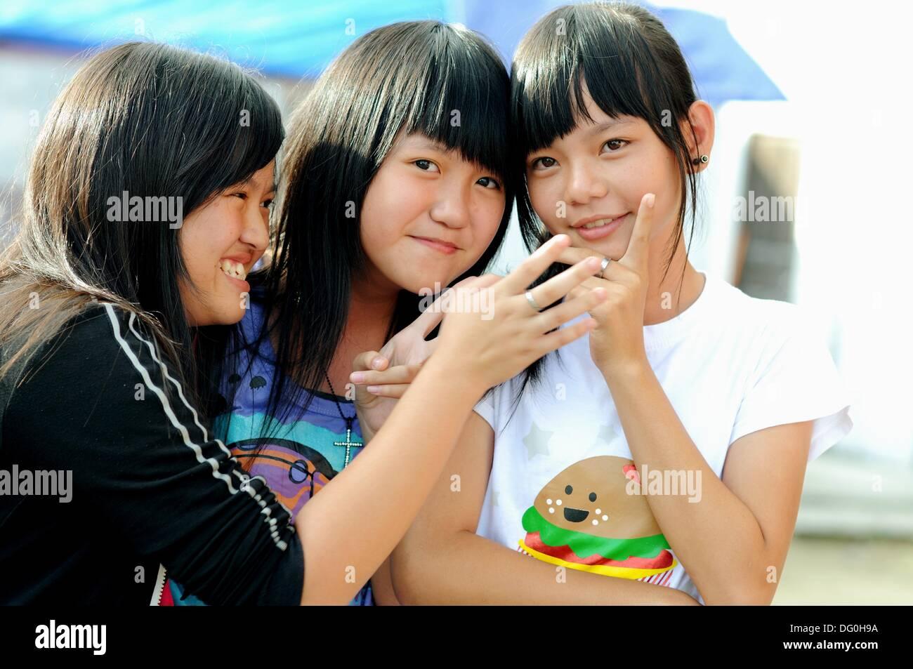 Tanjung Indonesia  City new picture : Teenage Girls In Tanjung Batu, Pulau Kundur, Riau Islands, Indonesia ...