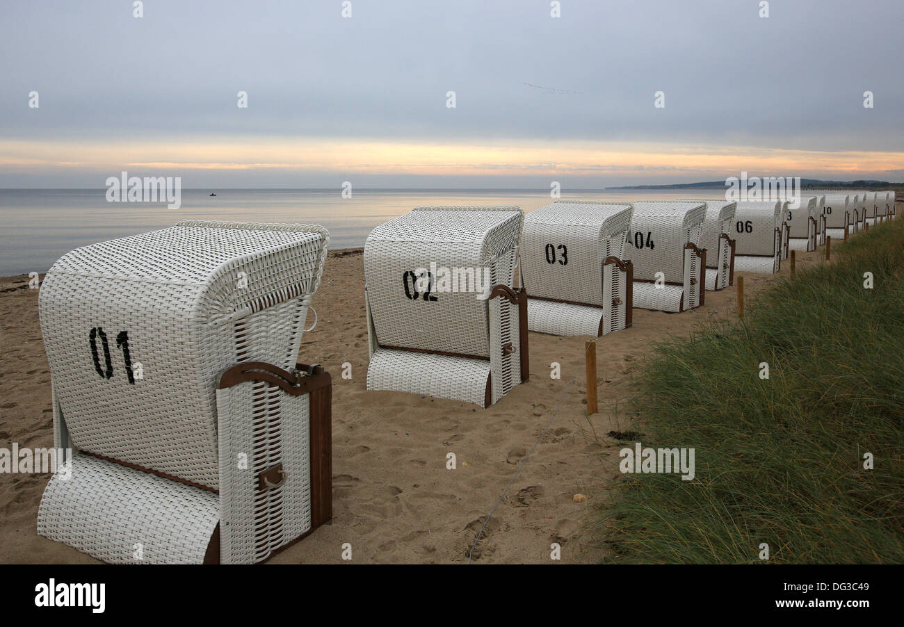 Best beach chair 2013 - 13th Oct 2013 Empty Beach Chairs Stand At The Baltic Sea Near Luetjenburg Germany 13 October 2013 Photo Christian Charisius Dpa Alamy Live News