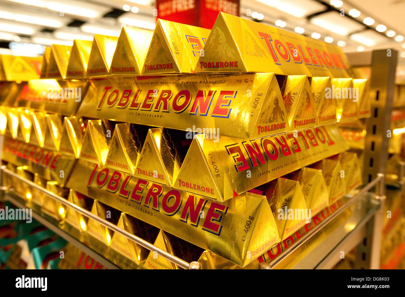 Toblerone Chocolate Stock Photos & Toblerone Chocolate Stock ...