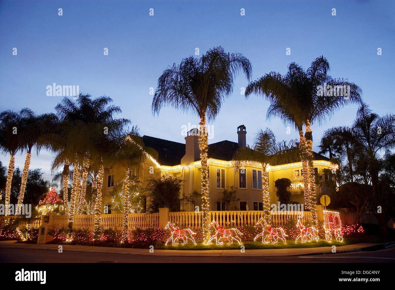 Home christmas decorations nellie gail orange county for California floral and home christmas decorations