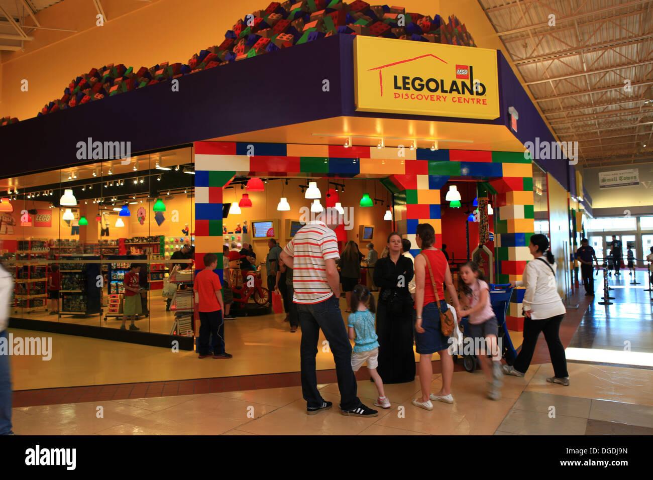 Legoland store in Vaughan Mills Mall, Toronto, Canada ...