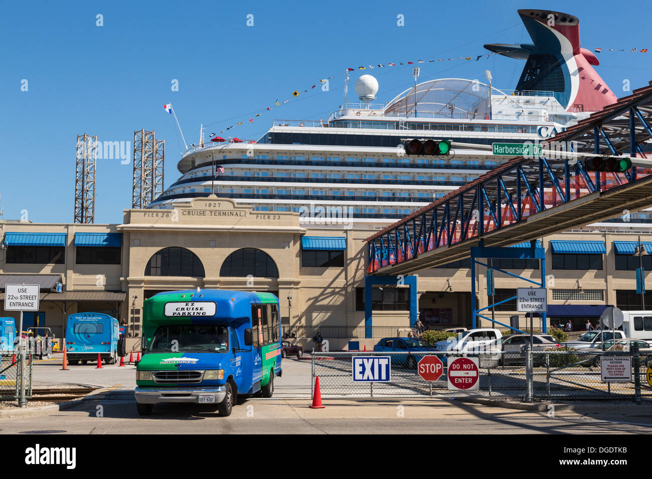 Shuttle Bus Disembarking Passengers From Carnival Magic Cruise - Galveston cruise lines