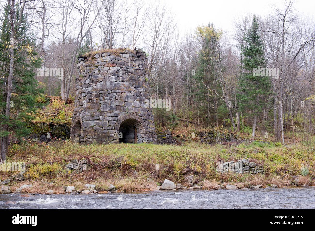 blast furnace smelting iron ore stock photos u0026 blast furnace
