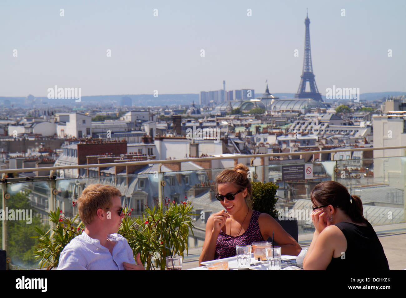 paris france europe french 9th arrondissement boulevard haussmann au stock photo royalty free. Black Bedroom Furniture Sets. Home Design Ideas