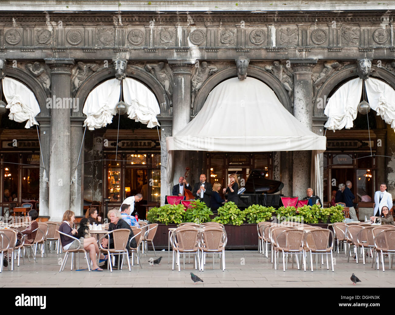 Best Cafes In Venice Italy