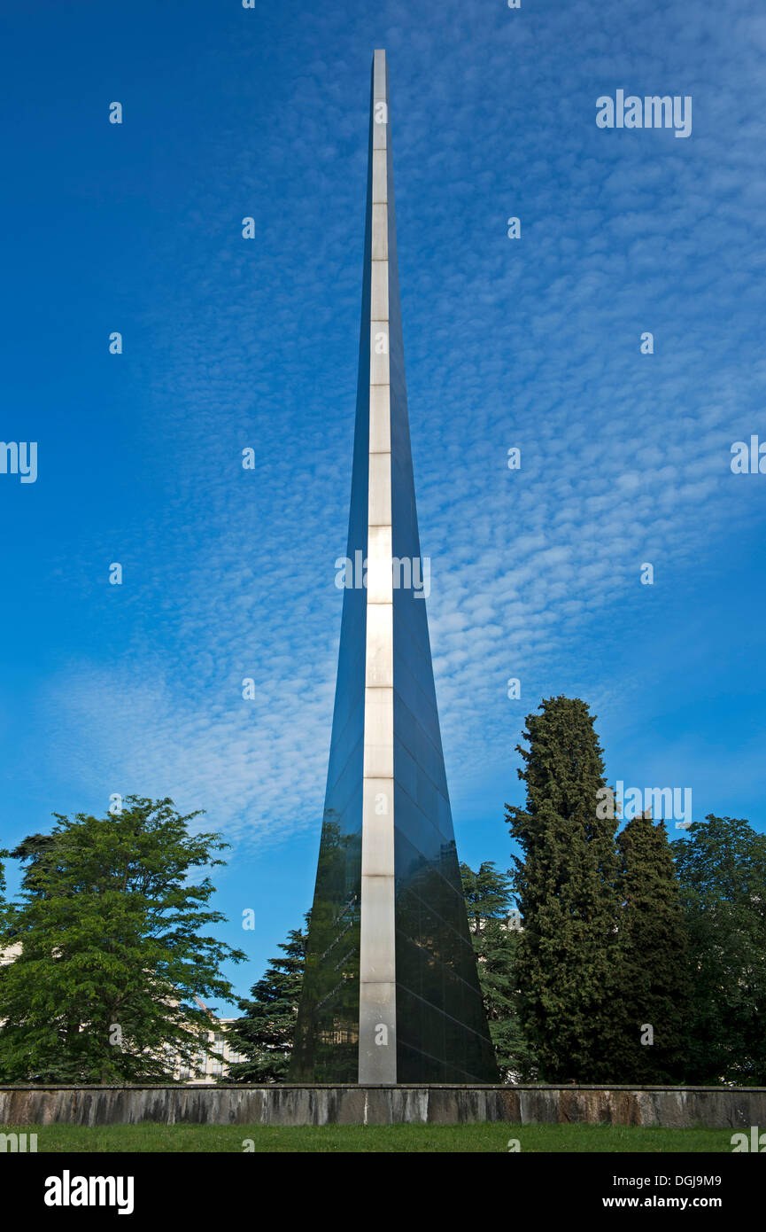 Soviet memorial dedicated to cosmonauts from kaliningrad - Monument The Conquest Of Space Gift Of The Soviet Union To The United
