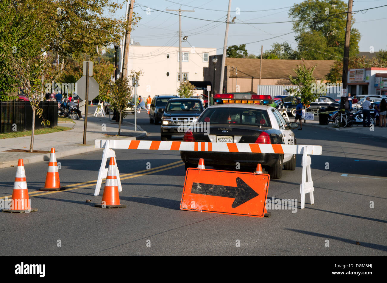 Construction Traffic Control : Police roadblock with detour for traffic control new