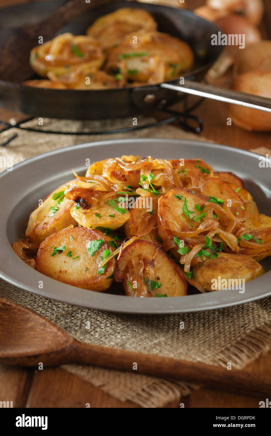 Lyonnaise Potatoes Pommes Lyonnaise Fried Potatoes With Onions