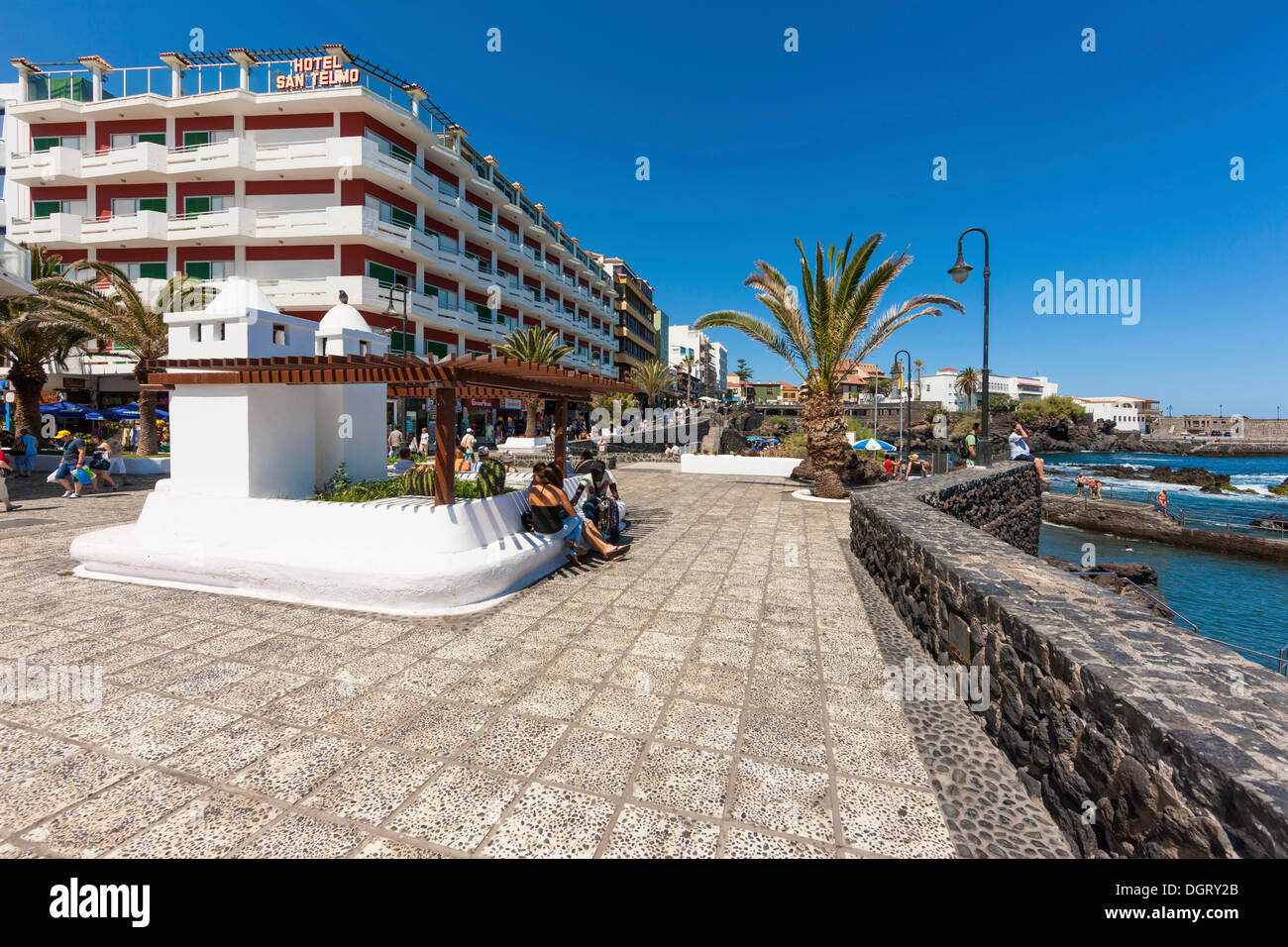 Waterfront promenade with the san telmo hotel puerto de - Hotel puerto de la cruz puerto de la cruz ...