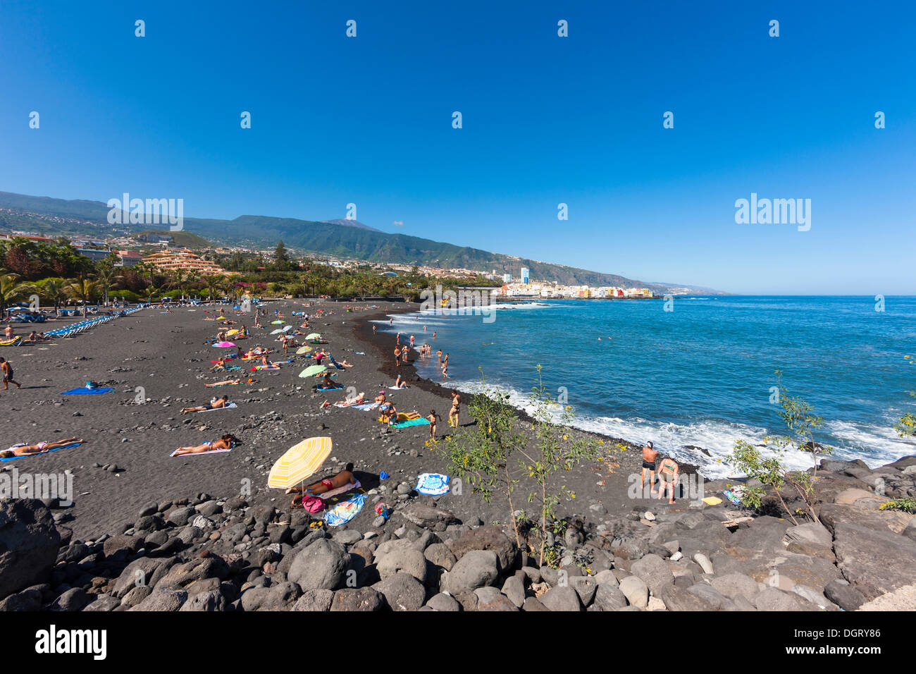 Playa jardin beach in puerto de la cruz puerto de la cruz for Aparthotel jardin de playa