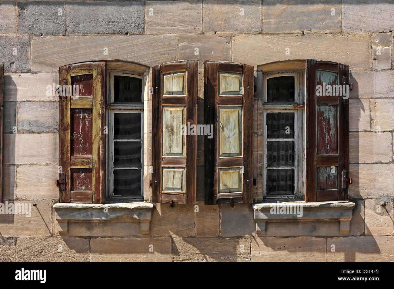 Historic windows with shutters detailed view of a for 18th century window