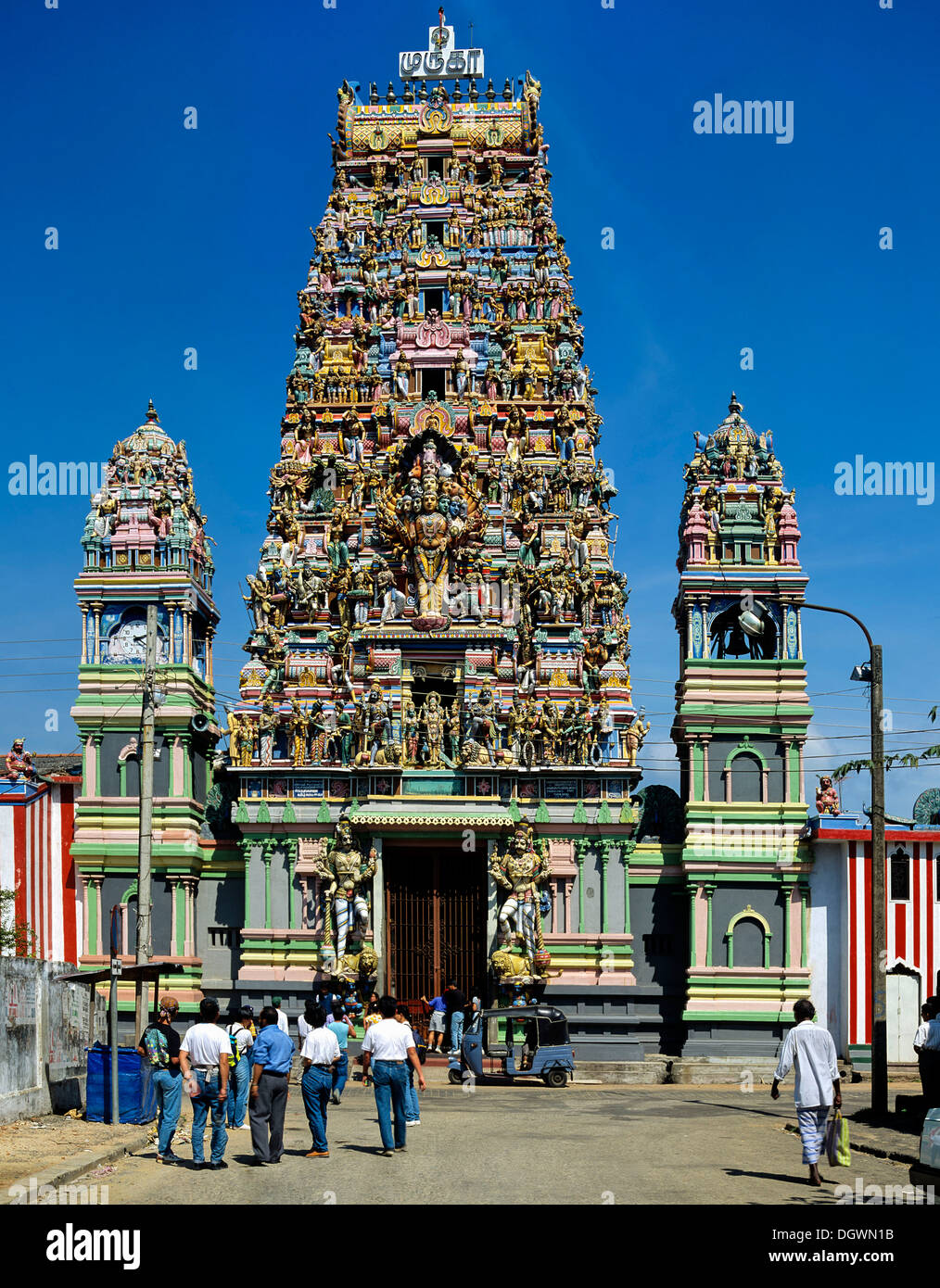 hindu singles in fort peck Although it is not mandatory for a hindu to visit a temple regularly, they play a vital role in hindu society and culture learn about the basics of what a hindu temple is all about.