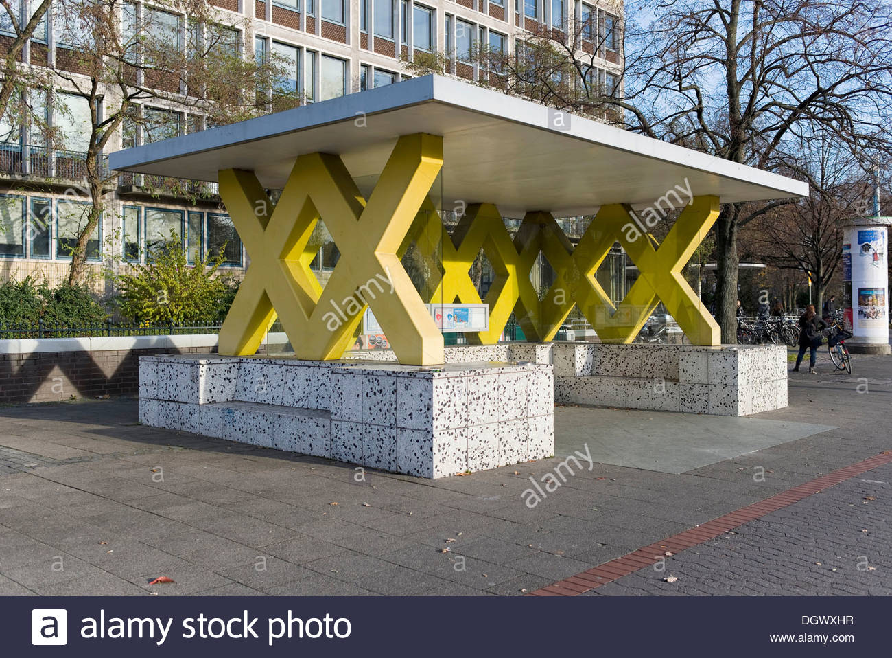 Hannover Koenigsworther Platz bus stop, by architect and designer ...