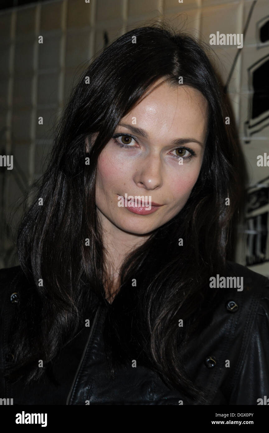 anna walton wikifeetanna walton and luke goss, anna walton height, anna walton soulmate, anna walton, anna walton instagram, anna walton hot, anna walton husband, anna walton actress, anna walton imdb, anna walton twitter, anna walton tom wisdom, anna walton facebook, anna walton married, anna walton nudography, anna walton wikifeet, anna walton dating