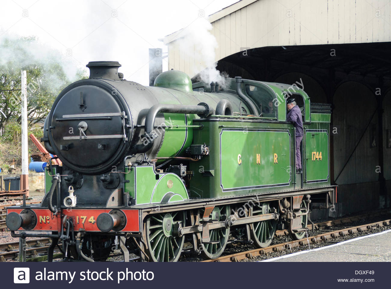 Sunday October 27 2013 GNR Class N2 0 6 2T Tank Engine No1744 Hundreds Of People Turned Out For The Steam N Scream Halloween Weekend Organised By