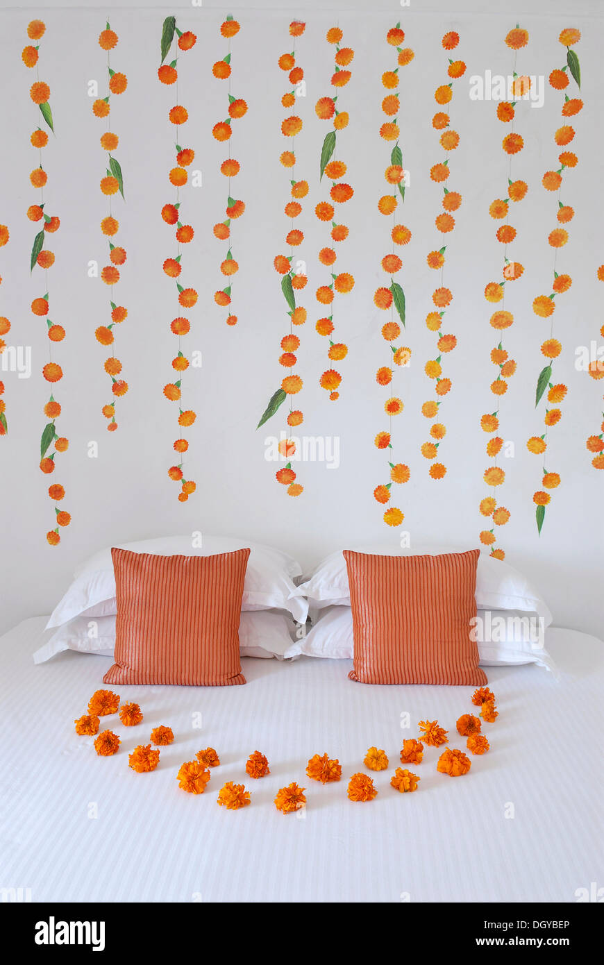 Wall painting and flower arrangements in a suite devigarh Painting arrangements on wall