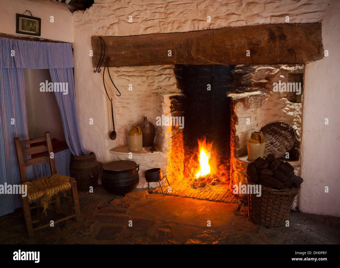 Peat Ireland Stock Photos & Peat Ireland Stock Images - Alamy