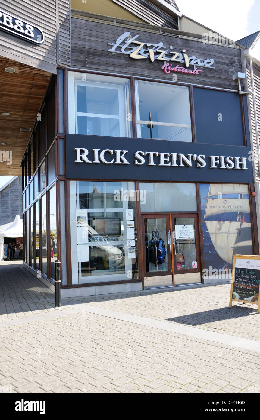 Rick stein 39 s fish and chip shop in falmouth cornwall for Rick s fish and pet