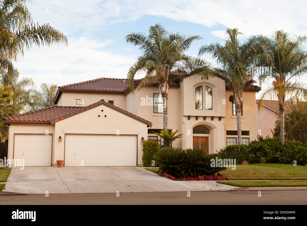 Late Model California 2 Story Middle Class Single Family