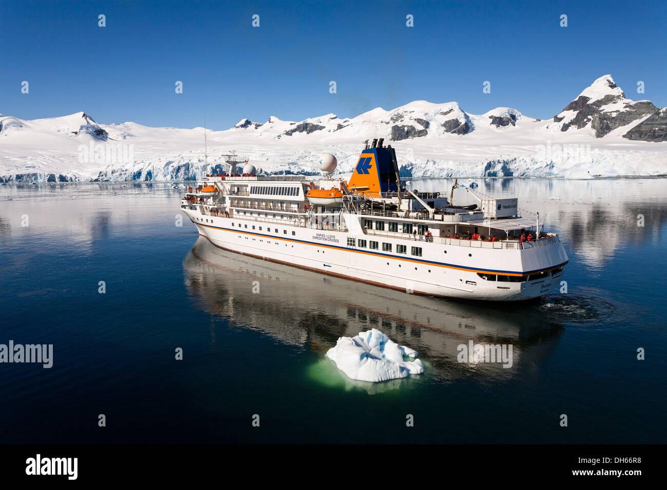 Antarctica Cruise MS Bremen Cruise Ship Prospect Point - Antartica cruise ship