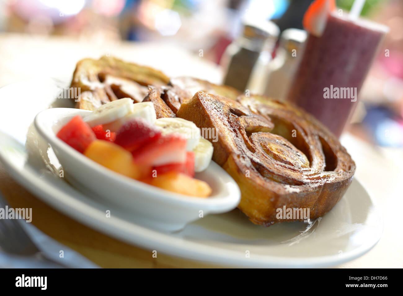 Babette s is a restaurant in east hampton ny serving for Restaurants that serve brunch
