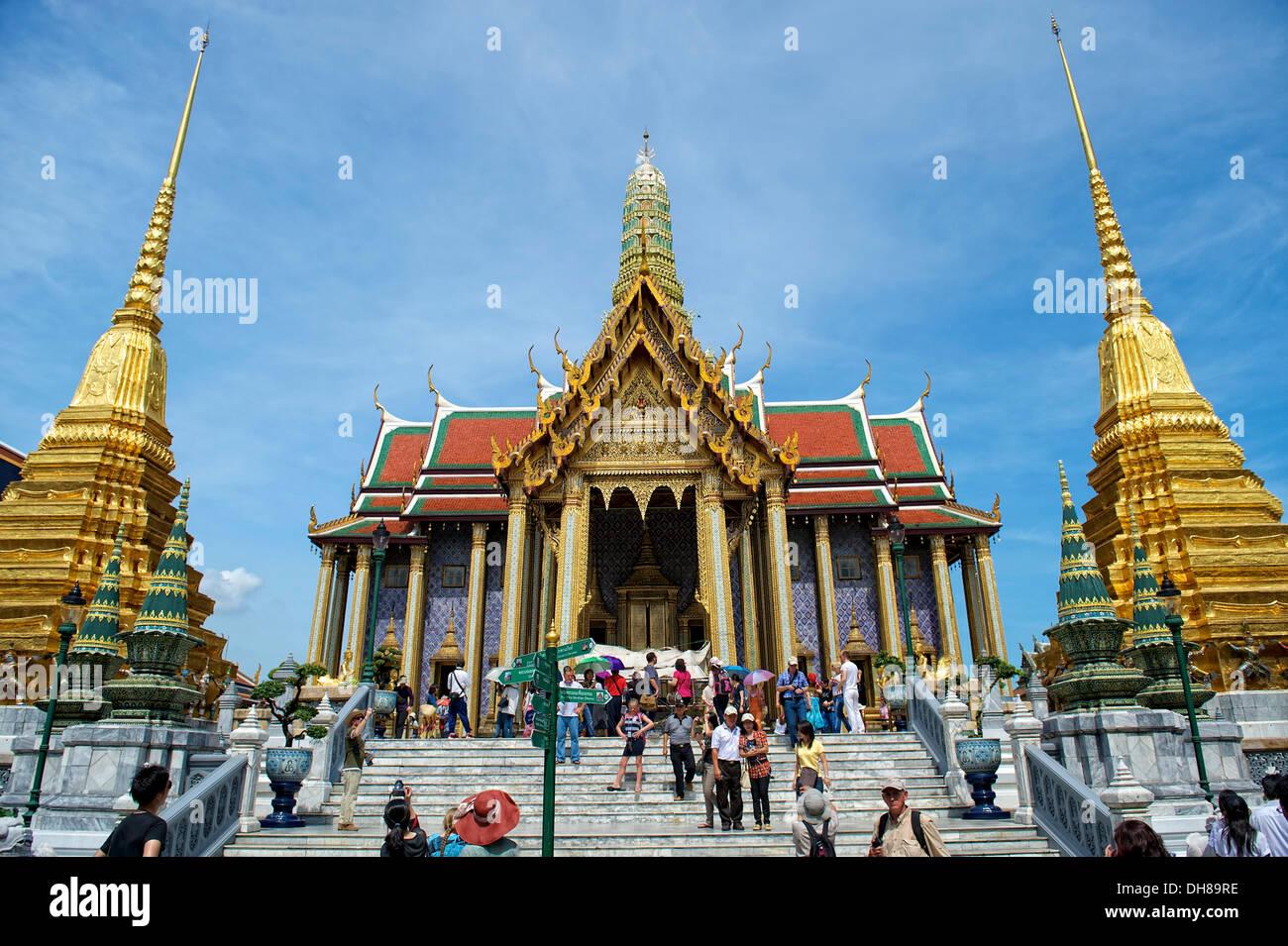 Prasat Phra Dhepbidorn Wat Pho Wat Phra Chetuphon Temple of the Reclining Buddha Bangkok Thailand Asia & Prasat Phra Dhepbidorn Wat Pho Wat Phra Chetuphon Temple of the ... islam-shia.org