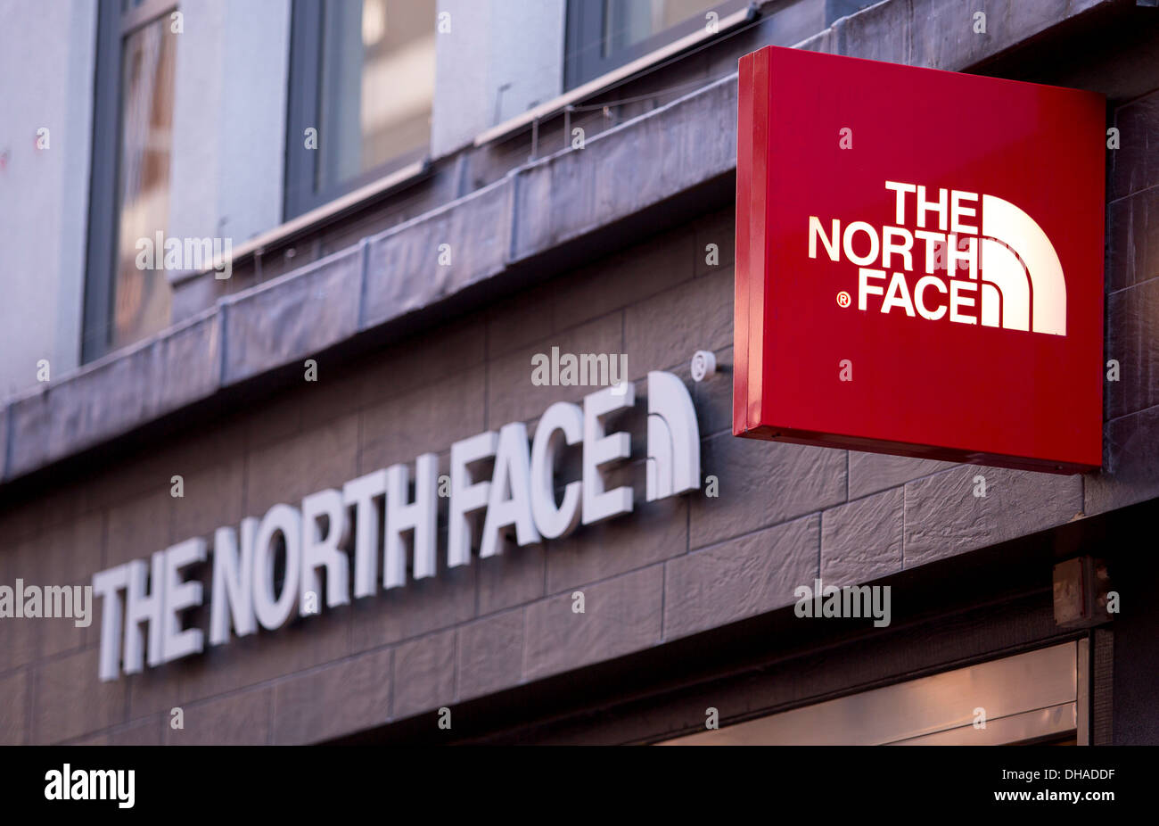 The North Face London Shops Marwood Veneermarwood Veneer