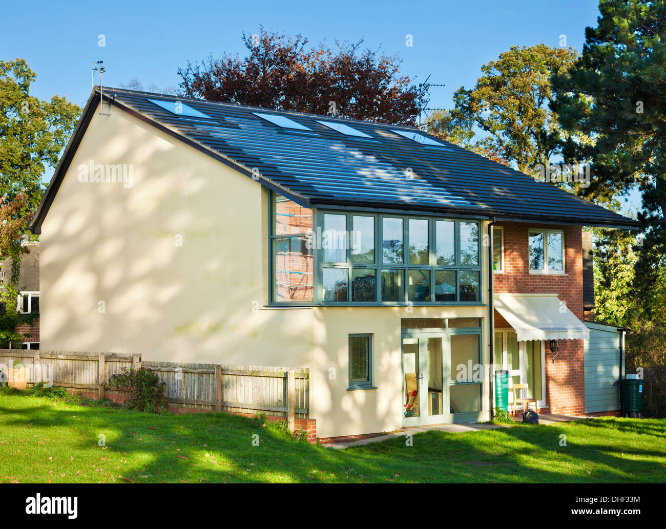Tarmac masonry homes eco house in the creative energy for Eco house builders