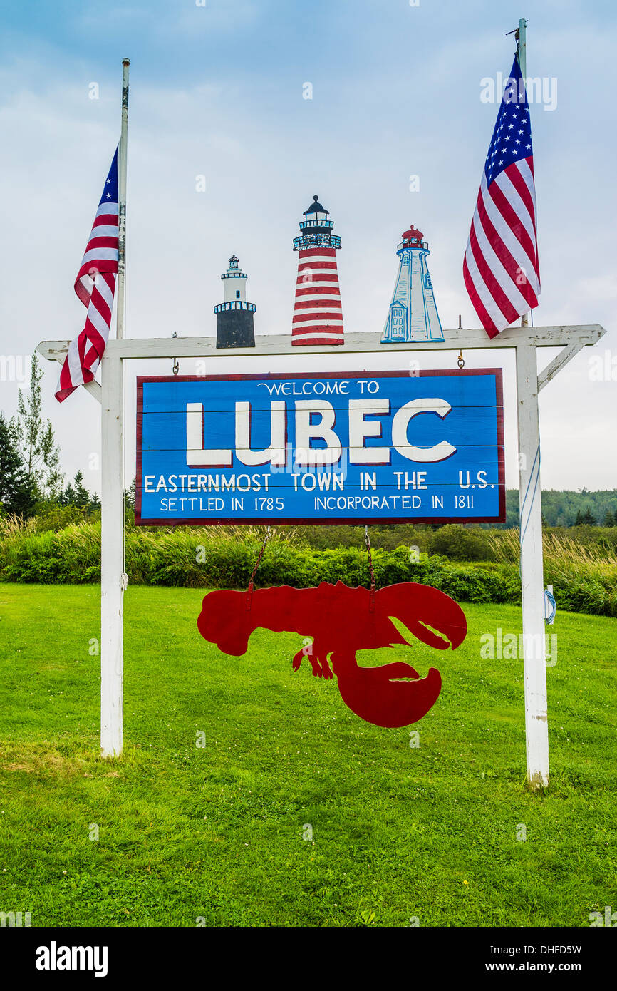 The Welcome Sign For Lubec Maine The Most Eastern Point In The - Most eastern state of usa