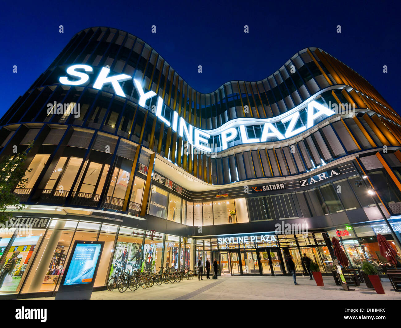 new shopping center skyline plaza european quarter frankfurt am stock photo royalty free. Black Bedroom Furniture Sets. Home Design Ideas