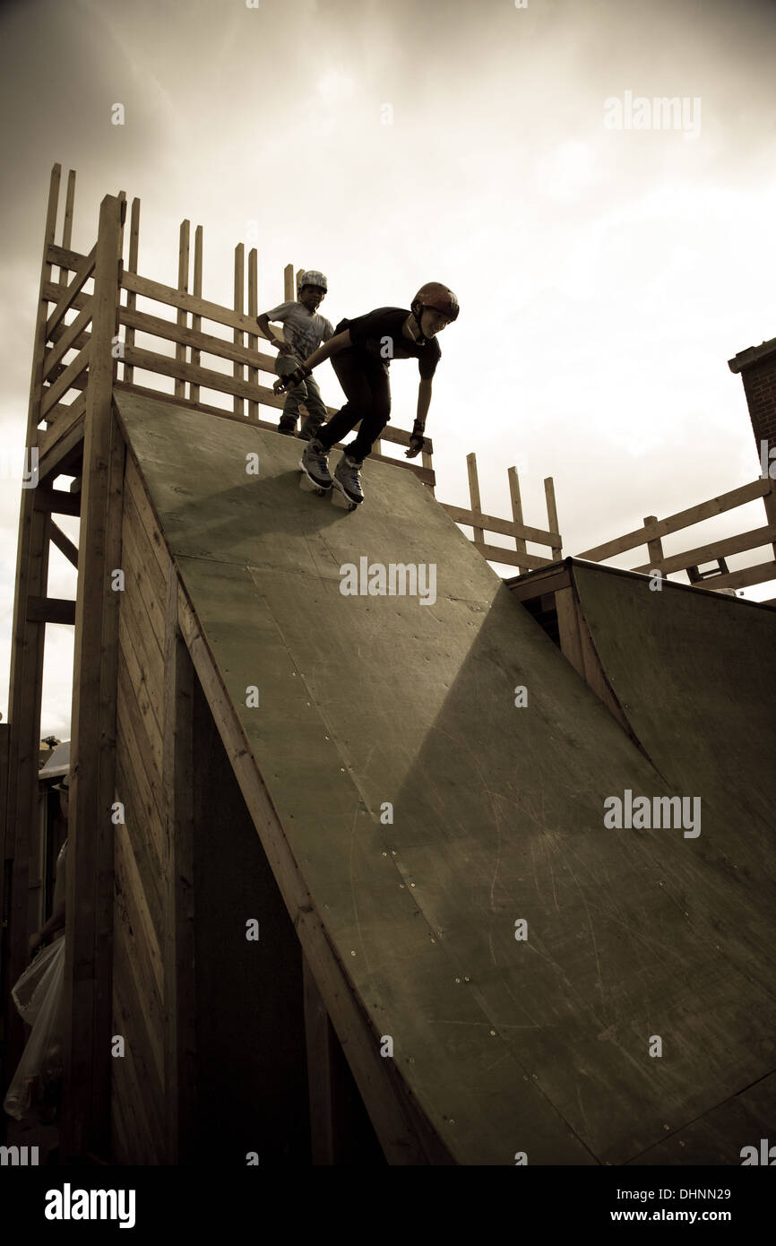 Roller skate xtreme - Inline Skating Inline Skate Roller Skating Ramp Jumping Extreme Sports Half Pipe Teenager Youth Culture Muscular Build