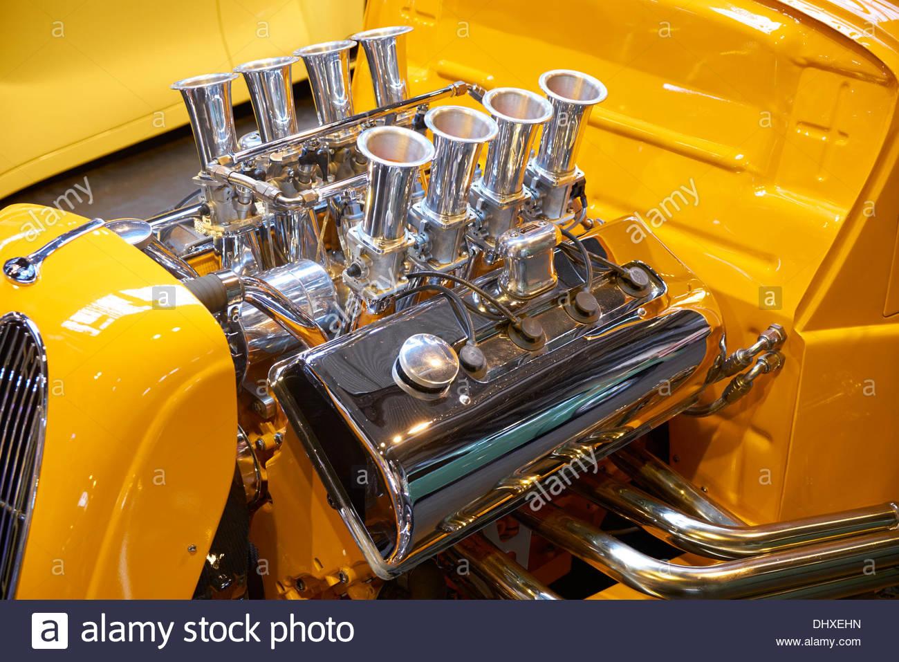 Birmingham uk 15th november 2013 v8 engine of loaded gunn hot